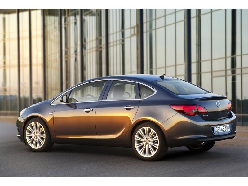 Opel закончил работу над седаном…